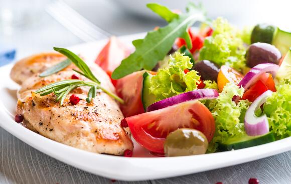 高タンパク低カロリーの食事