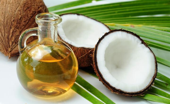 ココナッツオイルの脂質