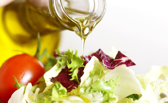 食事を楽しめるオリーブオイルの使い方