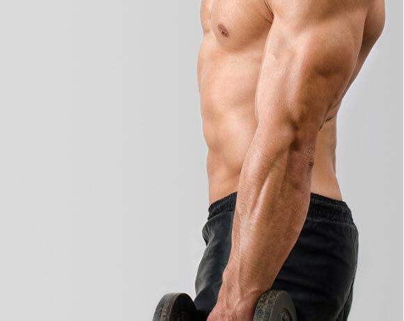二の腕が太いのは筋肉が原因