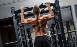懸垂(チンニング)でカッコイイ筋肉をつける効果的な方法!