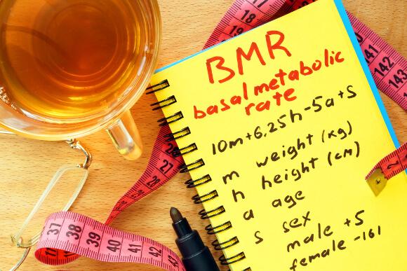 筋肉が減って基礎代謝が落ちる?