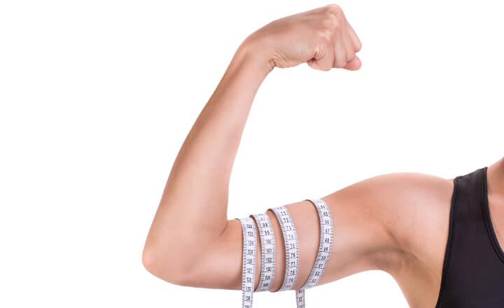 二の腕痩せに効果抜群のダイエット&7種類の筋トレ!