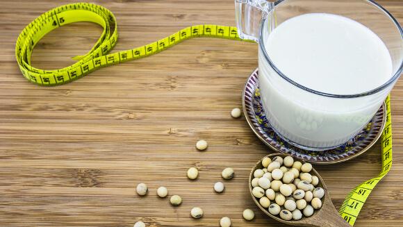 生理中に豆乳を飲む効果