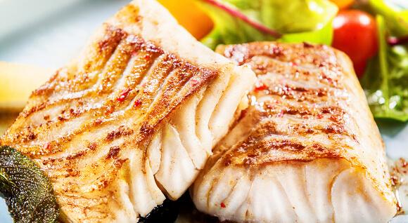 高タンパク質の魚介類