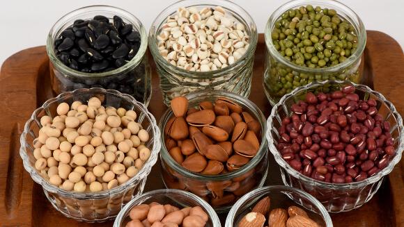 植物性の高タンパク質食品