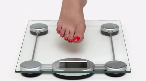 生理前に体重が増える原因
